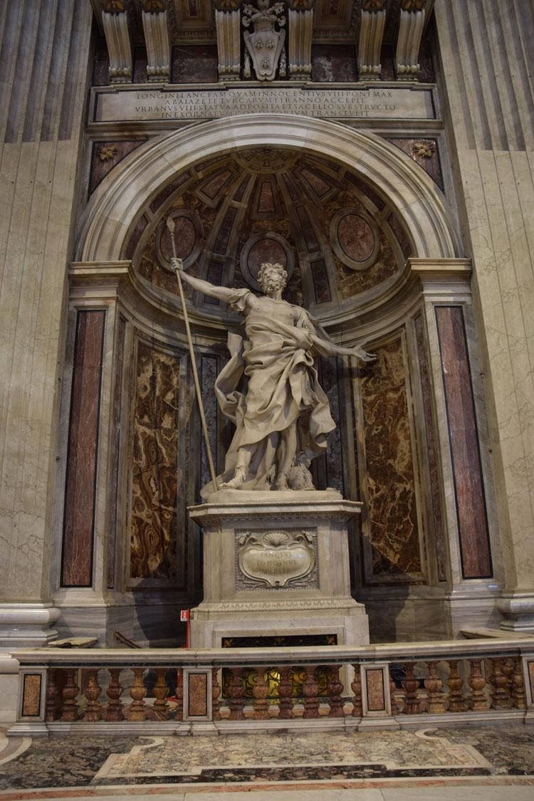 basilique-st-pierre-sculpture-1