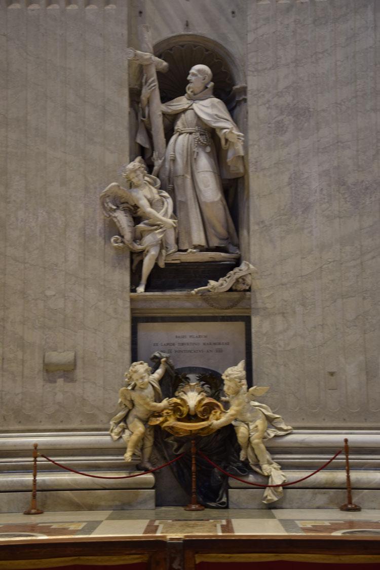 basilique-st-pierre-sculpture