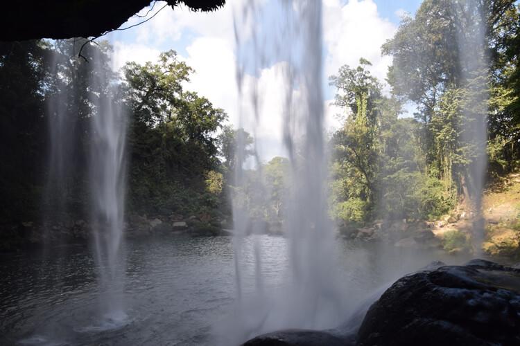 cascade-misol-ha-interieur
