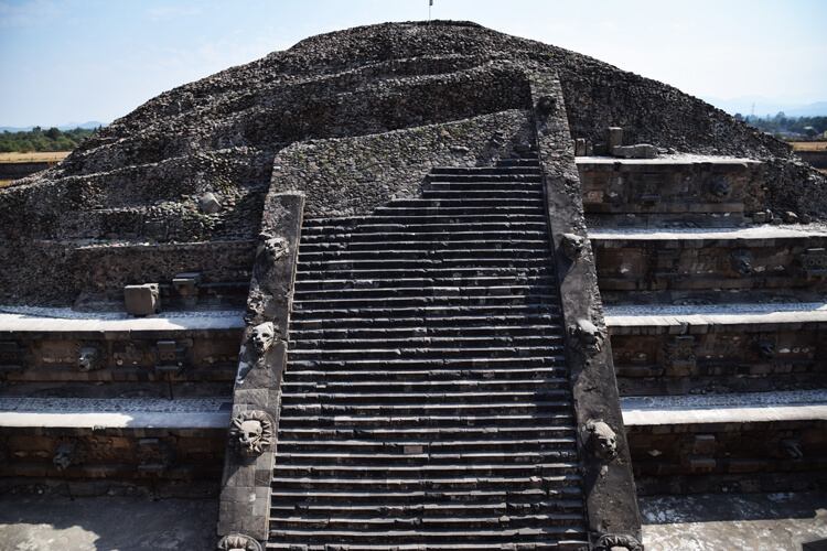 teotihuacan-vestige