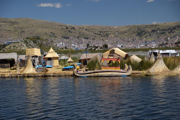 Lac Titicaca îles flottantes de Uros