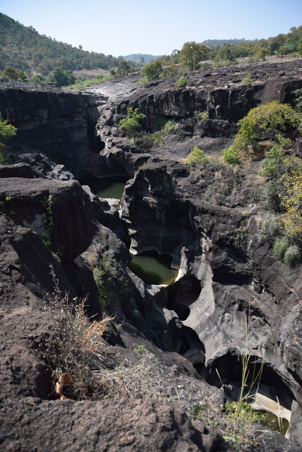 grottes-ajanta-canyon