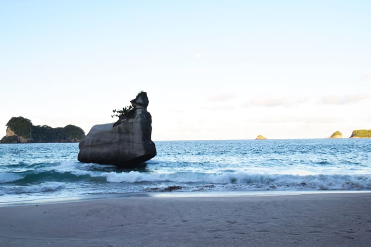 plage-cathedral-cove