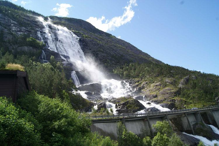 Les plus belles chutes d'eau du monde Langfoss
