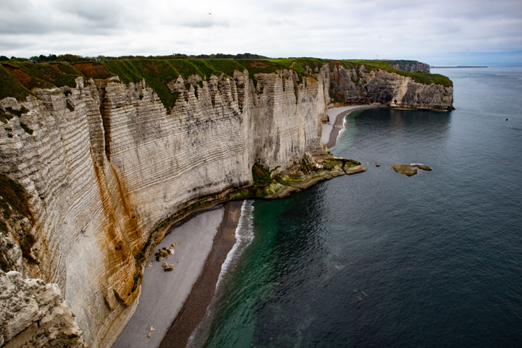 Découvrir les falaises d'Etretat, le plus beau paysage de Normandie